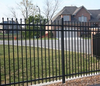 steel fencing installation